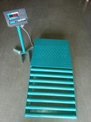 Platform Scales With Ramp And Rollers