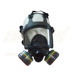 Mask V-668 Df With V-7800 Multi Gas Filter
