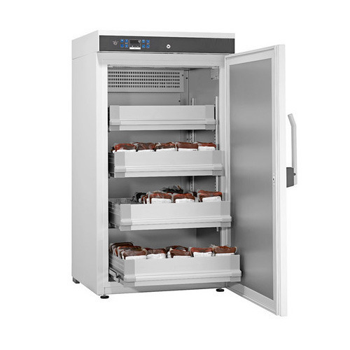 Blood Bank Refrigerator, Size: 1300 X 600 X 610 Mm, Rs 25000 /unit | ID:  12688666391