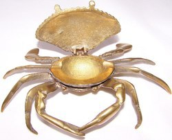Vintage Brass Crab Ashtray
