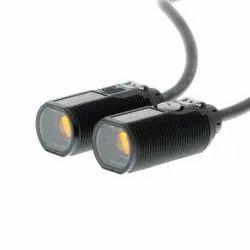E3FA-TP12 2M Omron Photoelectric Sensor