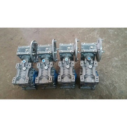 Double Reduction Gear Box For Pet Machine
