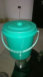 Plastic House Hold Dustbin, Capacity: 6-10 Liters