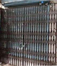 Manually Push Open Red oxide MS Collapsible Gate, For Home