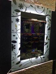 壁挂式透明梳妆镜