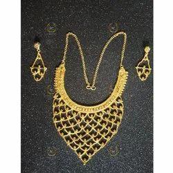Mani Exim Golden Brass Bridal Necklace Set, Box