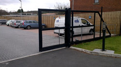 Automatic Corner Sliding Gates