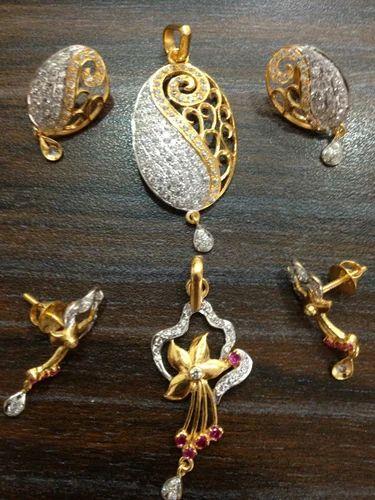 Fancy Gold Pendant Set At Rs 25000 Set Gold Pendant Set Id 14582645448