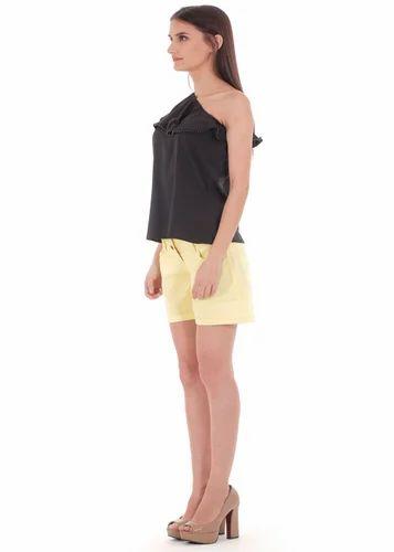 517096cd84ad53 S M L Black One Shoulder Top