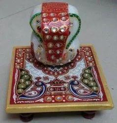 Kesar ZemsMarble Chowki Ganesh with Traditional Meena Kundan