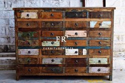 Chest of Drawers in Reclaimed Wood