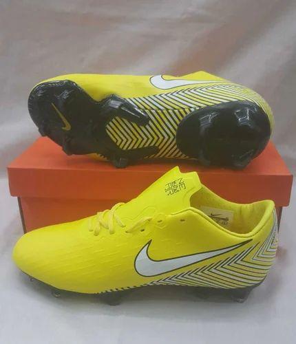 Nike Men Football Studs Neymar Soccer