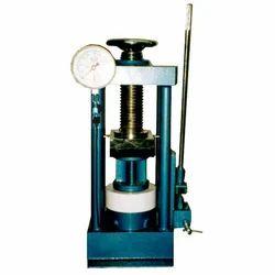 Pillar Type Cube Testing Machine