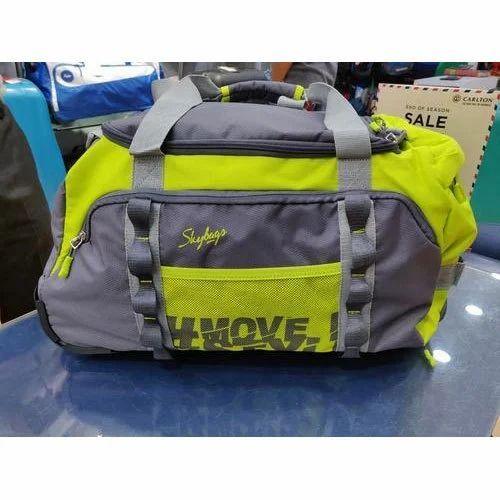 3c3b39697e1e Skybags Hastle Dft Duffel Bag