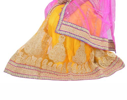 af2f0a17509f8d Chiffon Bridal Heavy With Blouse Handwork Lehenga, Rs 2870 /piece ...