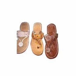 Female Brown Ladies Kolhapuri Slippers, Size: 5-7
