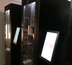 Snacks Vending Machine Life Automation