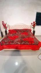 Double Bed Gold Red Blankets