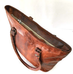 Brown Ladies Leather Shoulder Bag