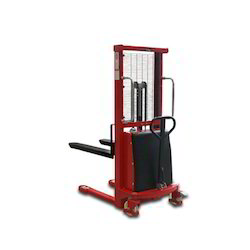 Semi Battery Hydraulic Stacker, Lifting Capacity: 2000 Kgs