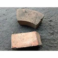 Fire Resistant Side Wall Refractory Fireclay Brick, Size: 9 In. X 4 In. X 3 In