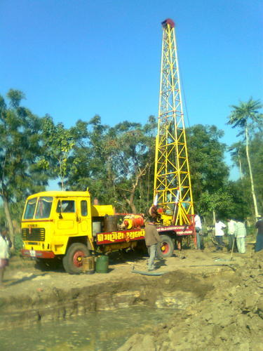 how to find groundwater for borewell