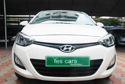 White Hyundai I20 Car