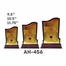 AH - 456 Wooden Trophy