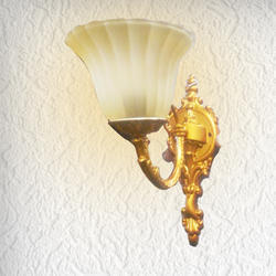 REOLites White Glass Shade Wall Lamp Retro Lamp, Usage/Application: Home, Lodge, Hotels, Restourent