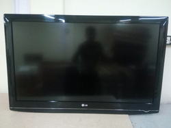 42  LG Refurbish  LCD TV
