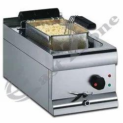 East Zone Ss Pasta Boiler, For Hotel, Restaurant, Capacity: 2-5 Kg
