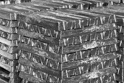 Aluminium Ingots 99.7% Pure