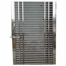 Polished Stainless Steel Door, Material Grade: 304