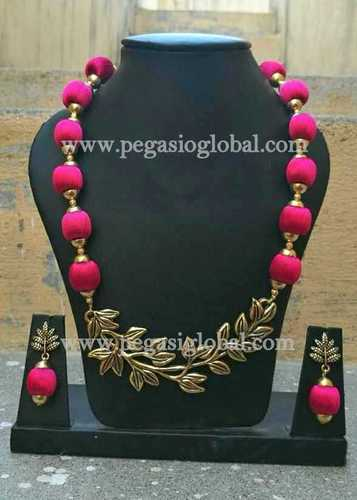 Fashionable Silk Thread Necklace With Matching Earrings