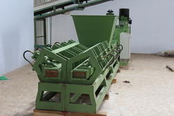 Electric Coco Peat Block Making Machine