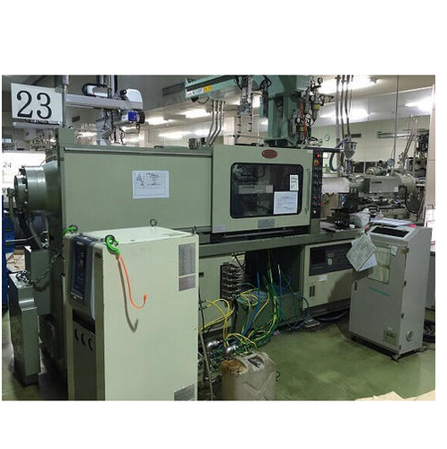 180 Ton Niigata PLC Injection Molding Machine - New National