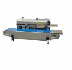 vishal packaging Plastic Mini vertical band sealing machine, Capacity: 500-1000 pouch per hour, Production Capacity: Good