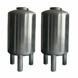 SS Vertical Pressure Vessels