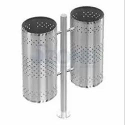 Pole Mounted Double Dustbin