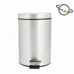 Stainless Steel Dustbins with Pedal