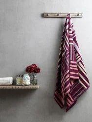 Purple Cotton Check Bath Towel, Size: 70x145 cm