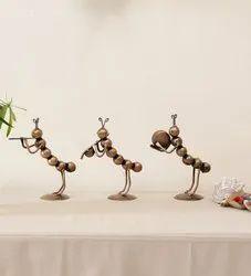 Iron bronze Ant Musician Set Home Decor, Size/Dimension: 9x6x3 Inches