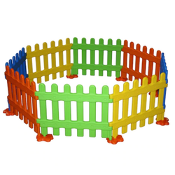 Plastic Bay Fence Set
