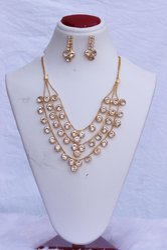 Golden HR-931 Artificial Necklace Set, Size: 18 Inch