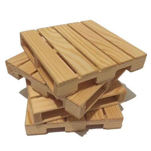 Soft Wood Natural Pine Wood Pallets for Packaging, Capacity: 1000 ...