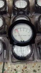 Dwyer 2-5000-3KPA Minihelic II Differential Pressure Gauge 0-3KPA