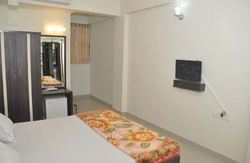 A C Deluxe Rooms Service
