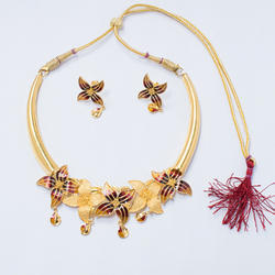 Ladies Gold Floral Bridal Necklace Set