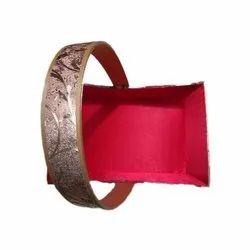 Cardboard Designer Gift Basket, Capacity: 100 Gm