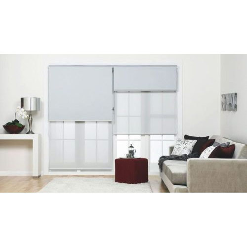 White Horizontal Living Blinds